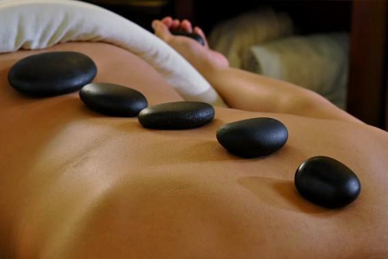 Masaje Thai Piedras Calientes Hot Stone | Masaje Descontracturante Benidorm
