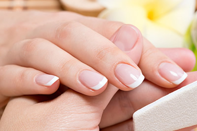 Manicura Spa Thai Benidorm | Sawasdeeka Thai Massage | Manicure Nails Repair Benidorm