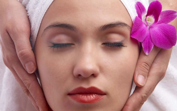 Masaje Lifting Facial Pravinia | Facial Lifting Massage Benidorm